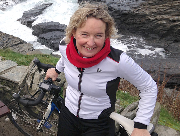 Vanessa-Bridge-cycling
